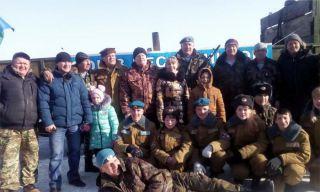 Десантники и ТЦ ДОМ провели для жителей Каменска-Уральского праздник 23 февраля