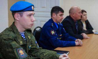 В Каменске-Уральском состоялся круглый стол на тему призыва в Российскую Армию