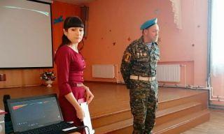 Каменские десантники и кадеты Крылатой Гвардии проводят уроки мужества