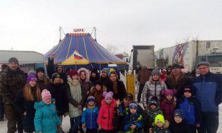 Каменские кадеты ВПК Крылатая Гвардия и дети десантников посетили цирк-шапито