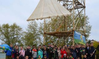 Ребята из Талицы прыгали с парашютной вышки в Каменске-Уральском (фото, видео)